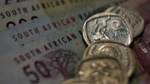 Consumer debt poses major risk factor for banks