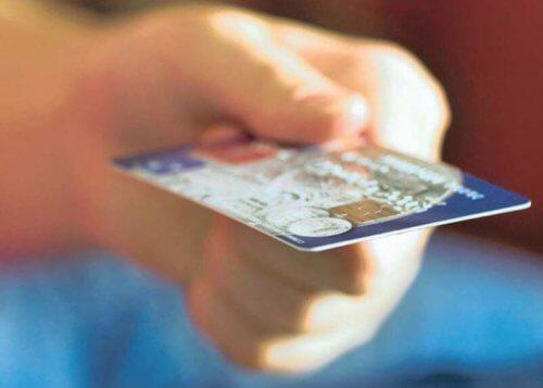 credit fuels debt crisis