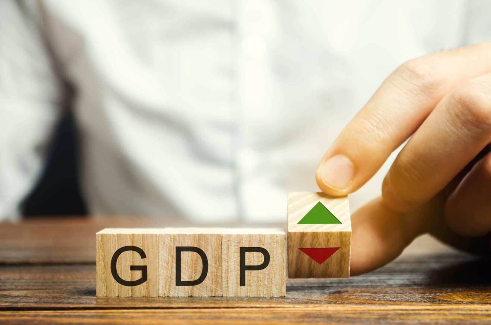 Despite GDP Rebound Consumers Must Remain Cautious – Neil Roets